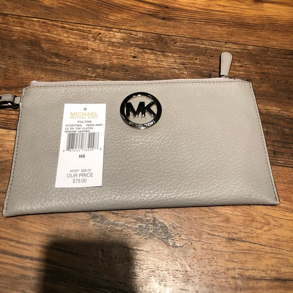 MICHAEL Michael Kors Handbags - NWT AUTHENTIC MK PEARL GREY FULTON LG ZIP CLUTCH